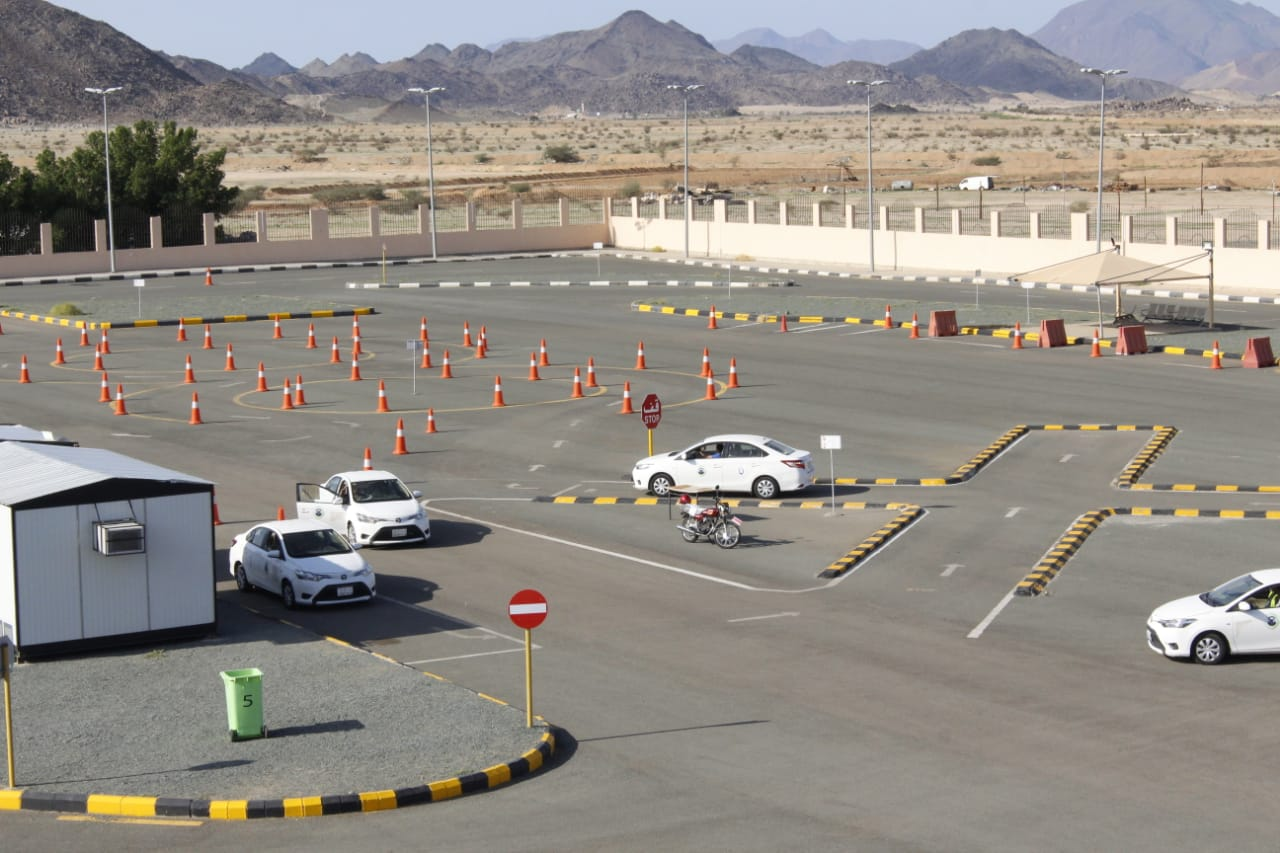 مدرسة دله جازان لتعليم قيادة المركبات شركة المجموعة العربية للتنمية والاستثمار القابضة